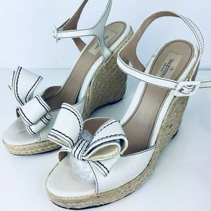 Valentino Garavani ivory leather bow sandal